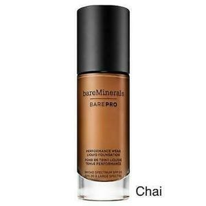 bareMinerals - CHAI 26 - barePRO Foundation